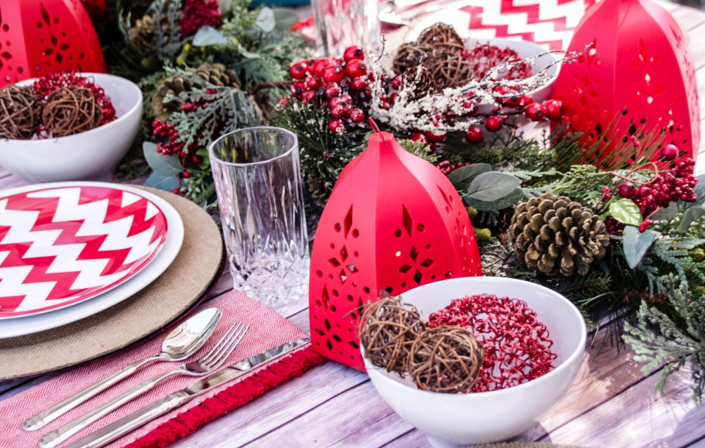 Red and White Chevon Natural Christmas Tablescape-18